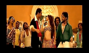 Sunny Leone Hot Dancing in Indian Bollywood Movie