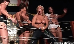 Nasty blonde bitch gets horny showing