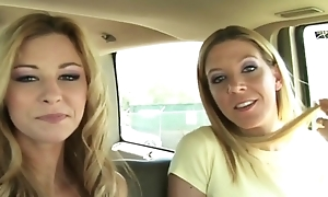 2 girls blowjob