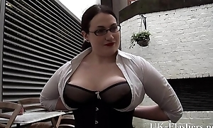 Bbw babe Alyss flashing pussy and masturbating in public