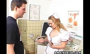 Milf amateur vigilance sucks and fucks with cum on nuisance