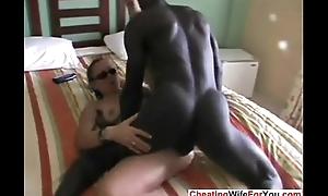 Mature slut squirts with bbc