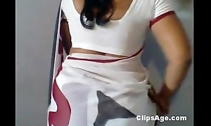 Mallu aunt crippling saree after hot sexual connection session