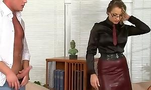 Fetish floosie commands cock