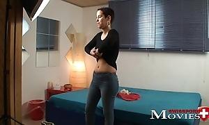 Masturbation Porn Movie with Swissmodel Kyra 25y in Z&uuml_rich