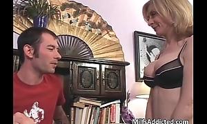 Lewd blonde MILF gets pussy fucek