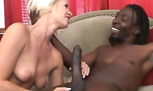 Platinum blonde takes a chocolate unearth