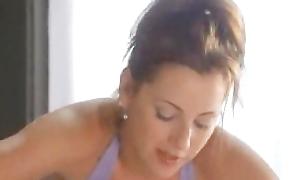 Delicious Chick's Hot Oil Massage
