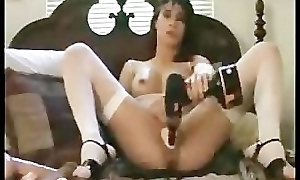 Webcam Slut Inserts A Baseball Bat Inside Her Tight Pussy
