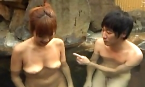 Asian wife satisfying hubiie nigh blowjob in pool