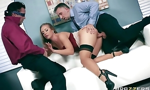 Sexy office slut gives an easy admittance to will not hear of tight holes