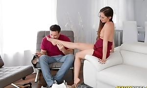 Pretty brunette acquires the brush sexy feet massaged and pussy fucked