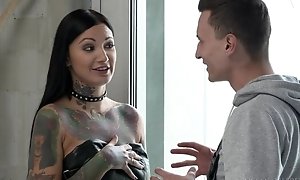 Inked brunette with upper case sexual get-up-and-go gets double fucked